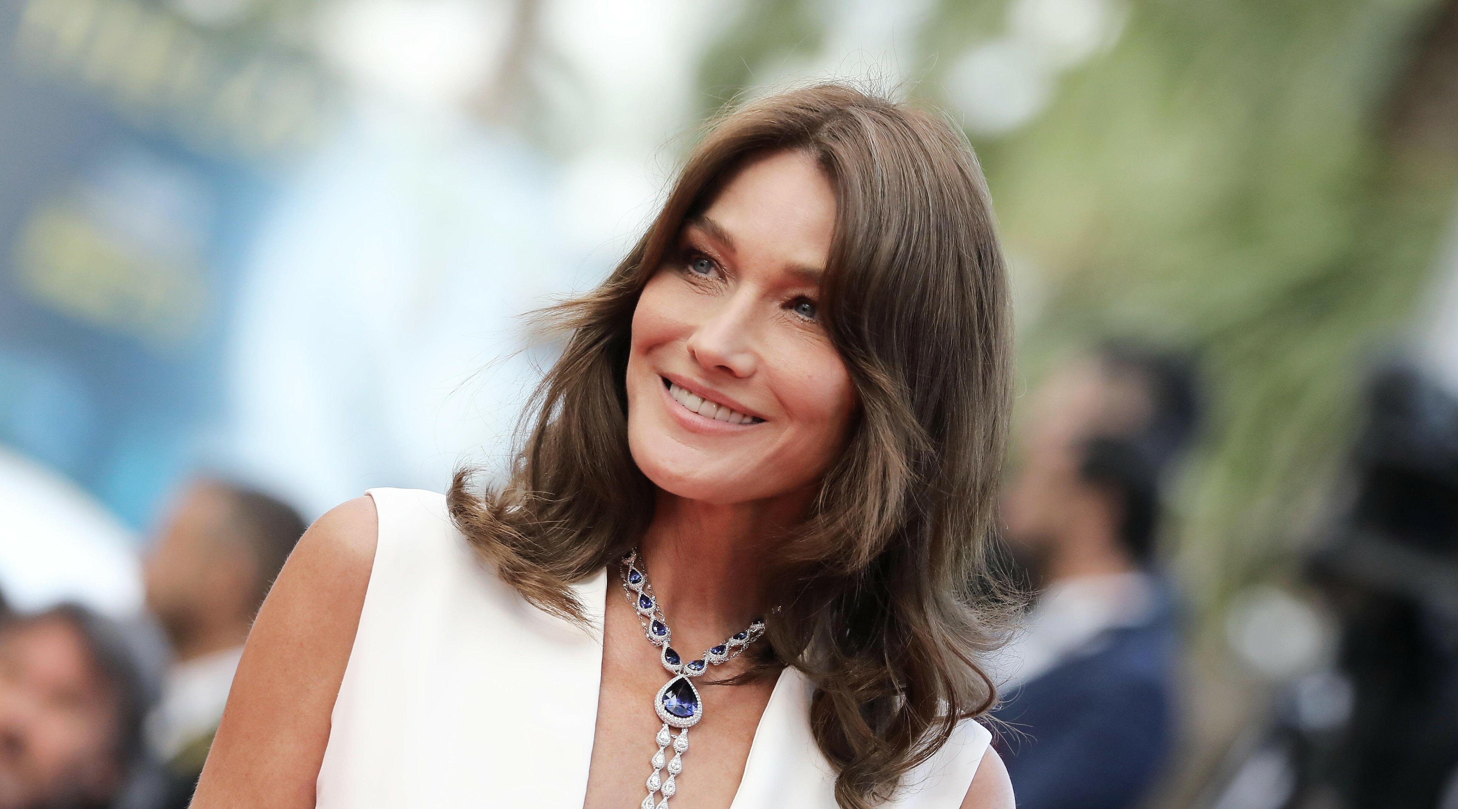 Carla Bruni : cette star à qui elle a révélé en premier sa liaison avec Nicolas Sarkozy