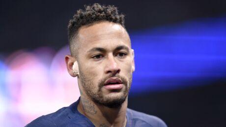 VIDEO Neymar craque après PSG-Rennes et frappe un supporter