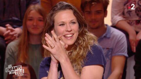 VIDEO Lorie Pester très gênée devant les images de ses premiers pas à la télévision