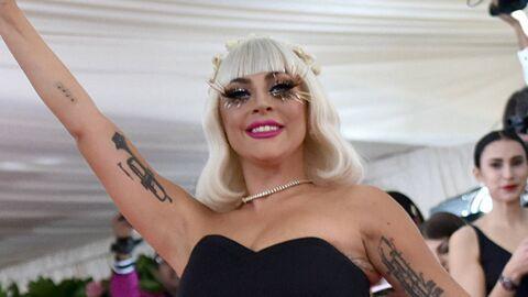 PHOTOS MET Gala 2019: Lady Gaga finit en lingerie sur le tapis rouge après un strip-tease