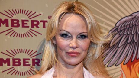 Pamela Anderson vole au secours d'une actrice  de Modern Family victime de violentes critiques
