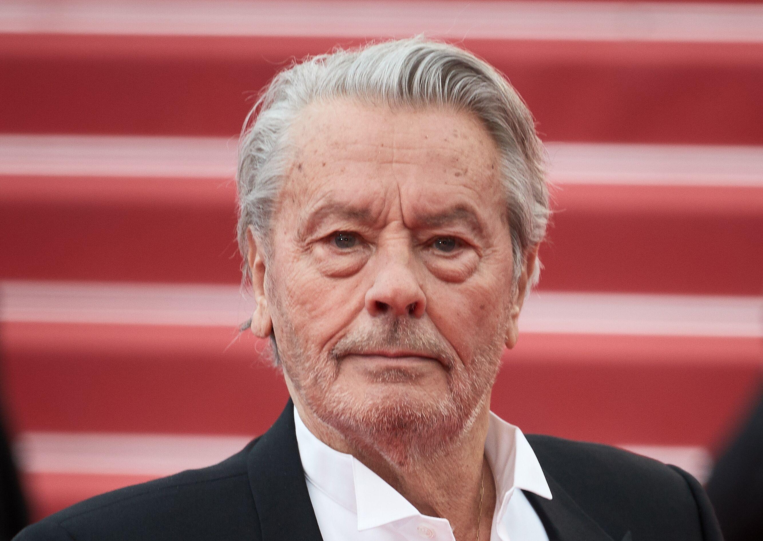 PHOTOS Alain Delon à Cannes : cet affront qui pourrait dévaster ses fils Anthony et Alain-Fabien