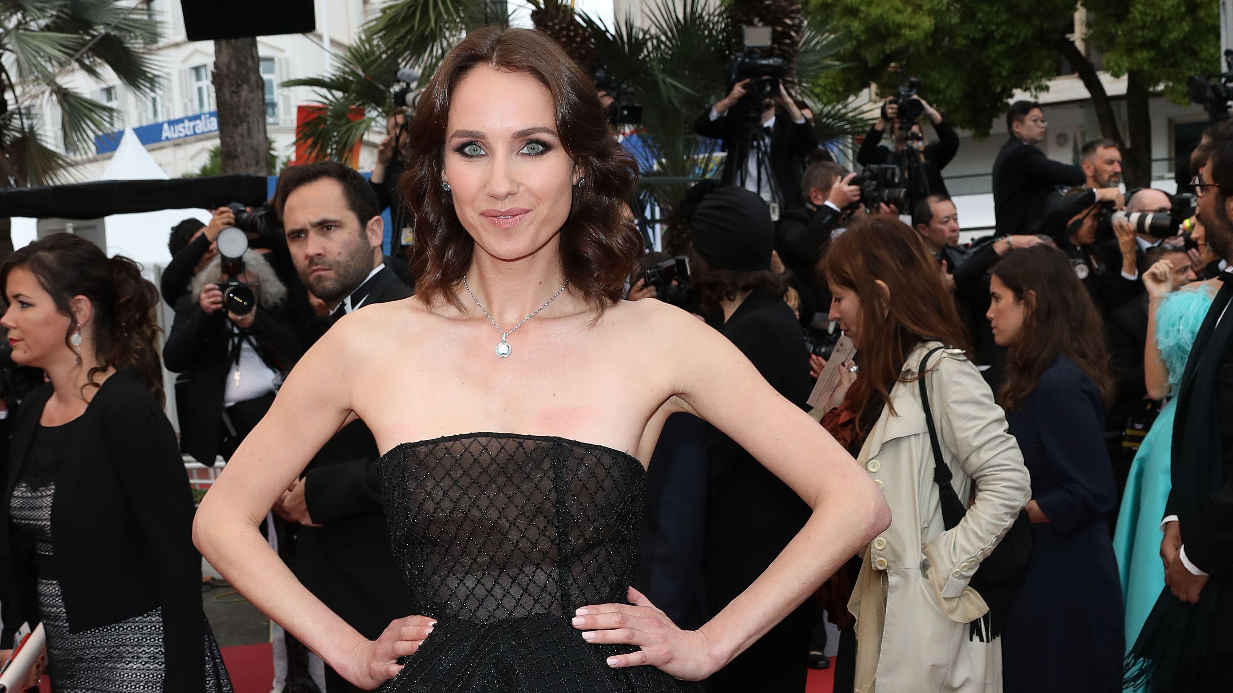 PHOTOS Cannes 2019 : le geste engagé de Sand Van Roy sur le tapis rouge