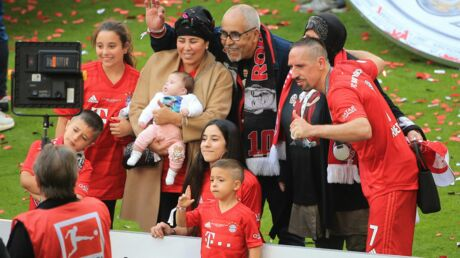 PHOTOS Franck Ribéry entouré de toute sa famille pour ses adieux au Bayern de Munich