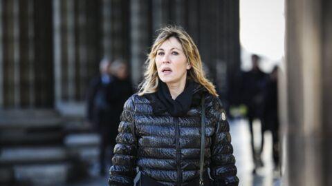 Mathilde Seigner: elle se rappelle de «la cour de faux-culs» qui entourait Johnny Hallyday