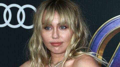 Miley Cyrus fait la promotion de son nouvel album en lingerie sexy