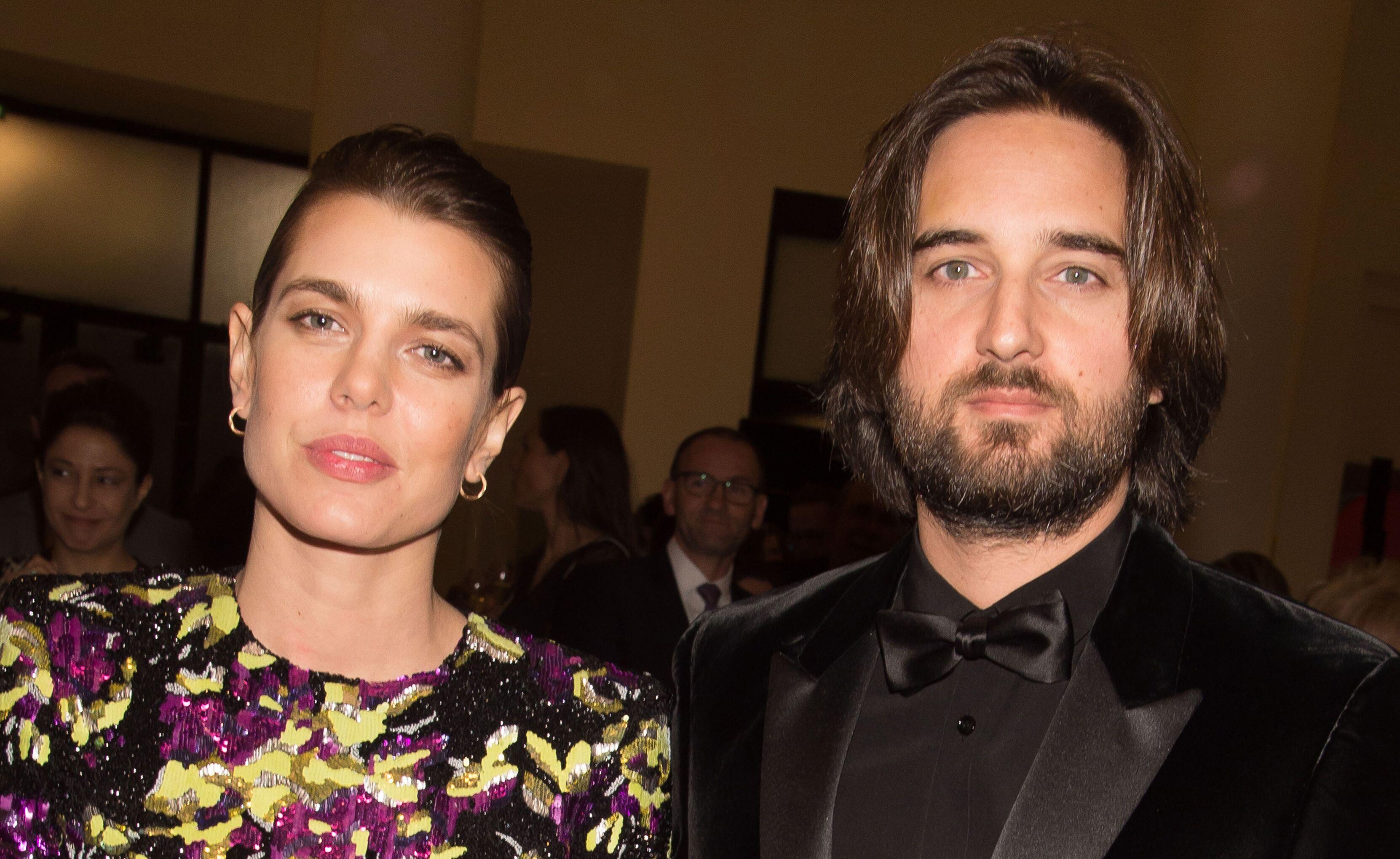 Charlotte Casiraghi et Dimitri Rassam se sont mariés  tout sur la  cérémonie , Voici