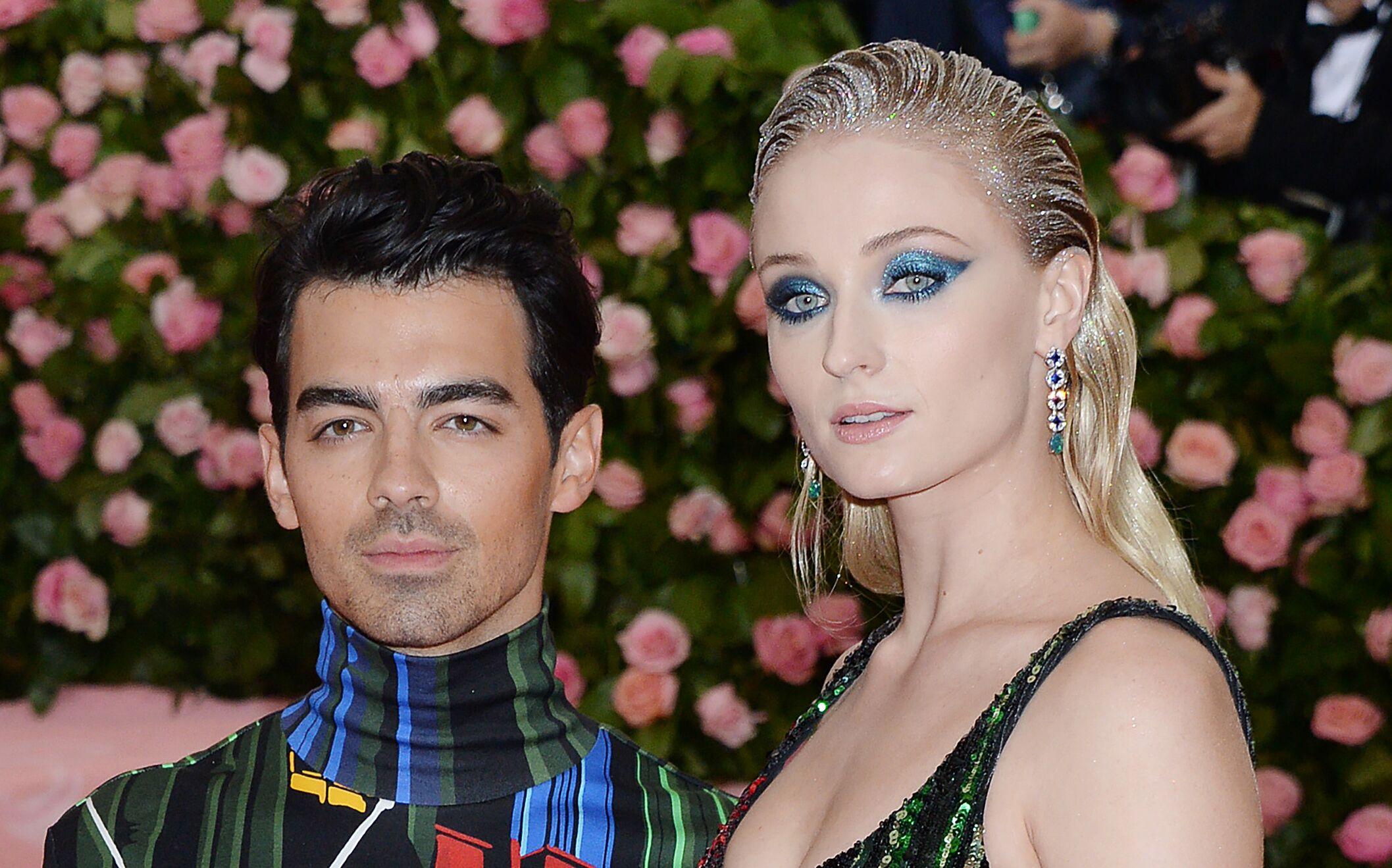 Mariage de Joe Jonas et Sophie Turner  cette star qui a gâché la fête ,  Voici
