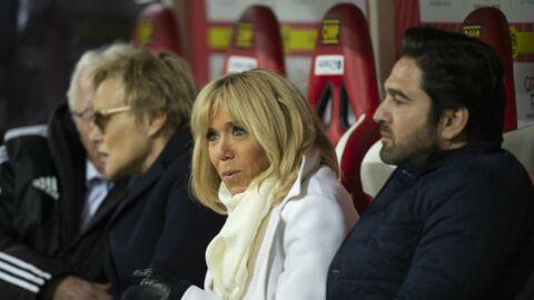Brigitte Macron retrouve le sourire grâce au courrier d'un collégien