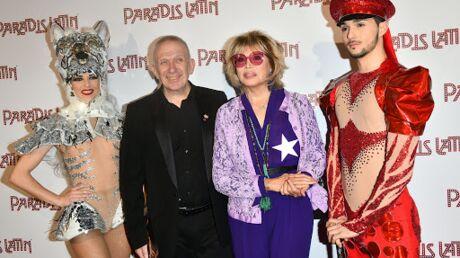PHOTOS Amanda Lear dévoile ses tétons pour applaudir Iris Mittenaere au Paradis Latin