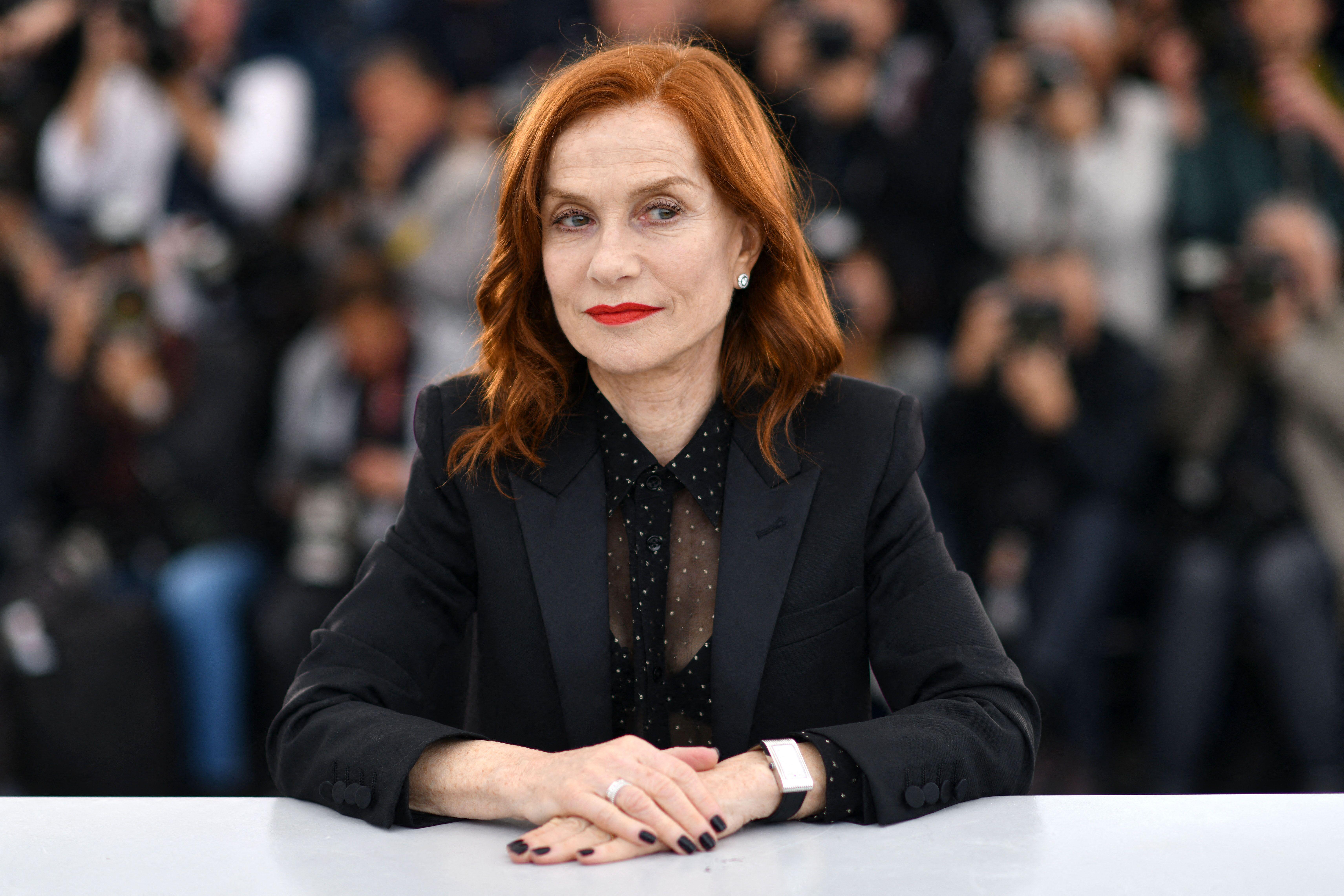 Isabelle Huppert révèle avoir déjà été moins payée qu'un comédien homme