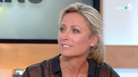 VIDEO Anne-Sophie Lapix se confie sur ses problèmes de mémoire pendant le JT