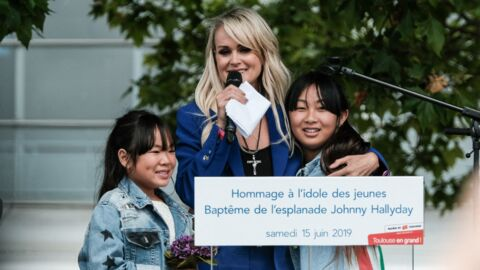 PHOTOS Laeticia Hallyday s'amuse à Disneyland Paris avec Jade et Joy, loin de la bataille judiciaire