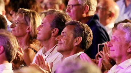 PHOTOS Carla Bruni en concert: Nicolas Sarkozy émerveillé par son épouse
