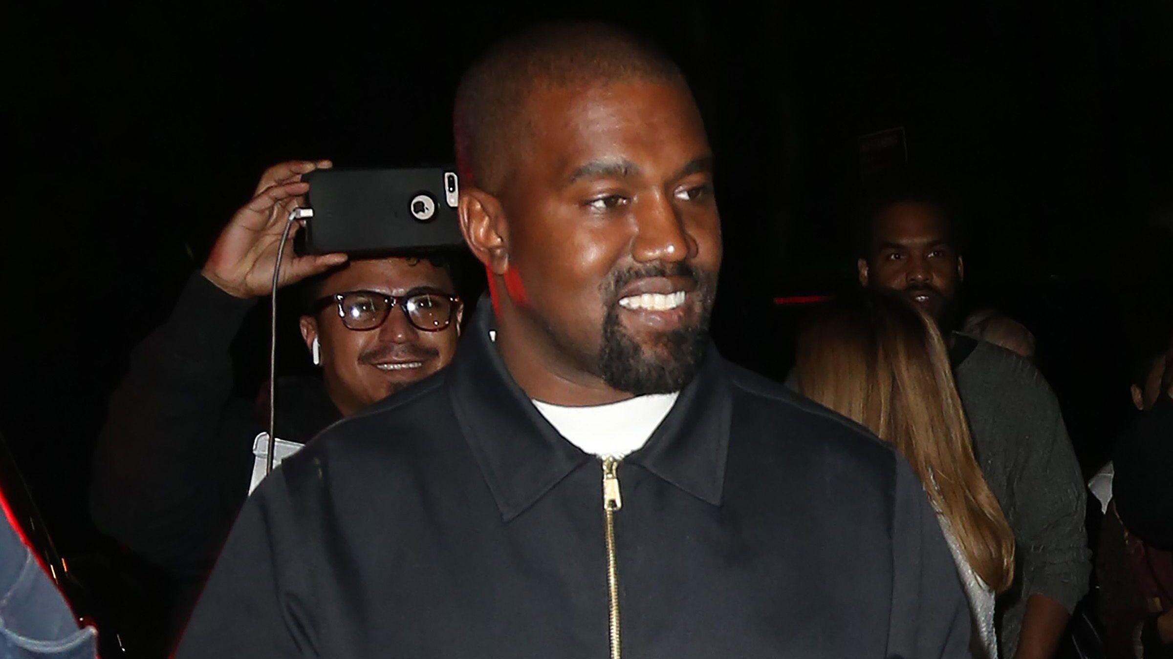 PHOTO Kanye West : cette immense acteur aperçu dans la foule de sa messe dominicale