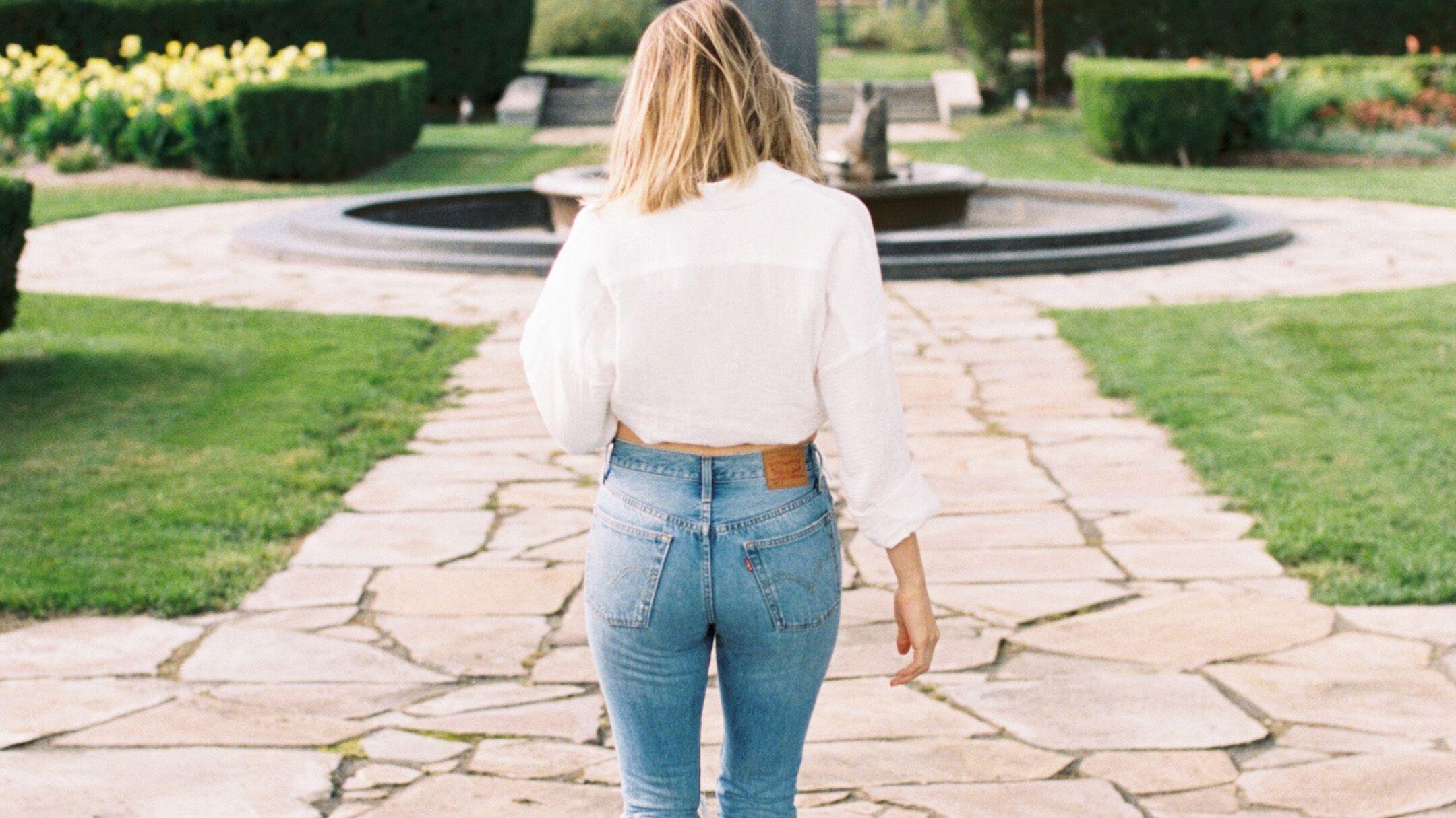 A shopper d'urgence : ces jeans qui amincissent