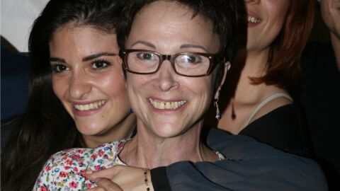 Mort d'Ariane Carletti: Éléonore Sarrazin s'en prend aux «personnes sans cœur» aux obsèques de sa mère