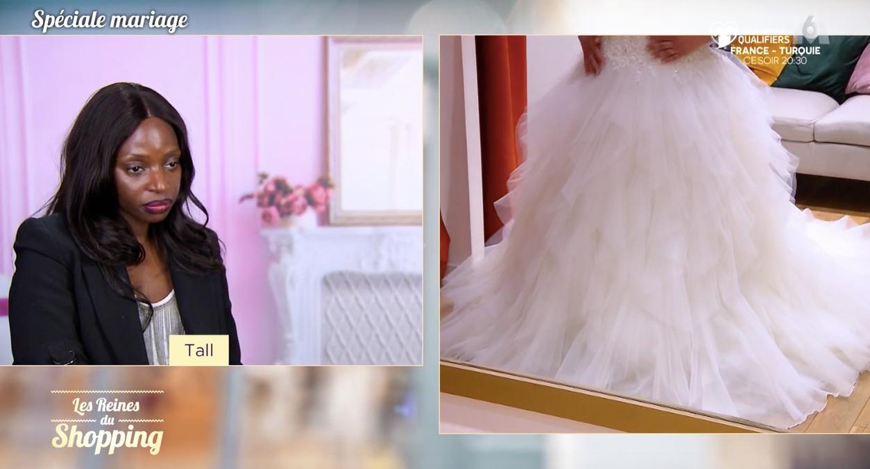 VIDEO Les reines du shopping : cette robe de mariée ne plaît pas DU TOUT aux candidates