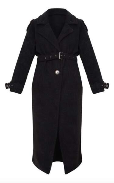 Manteau oversize en faux mouton noir et ceinture, PrettyLittleThing, 92€