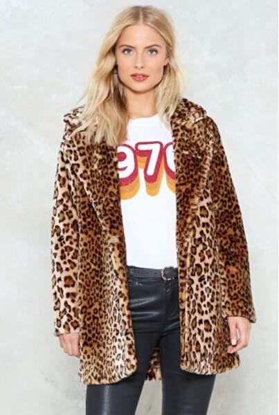 Manteau en fausse fourrure léopard, Nasty Gal, actuelement à 59,50€
