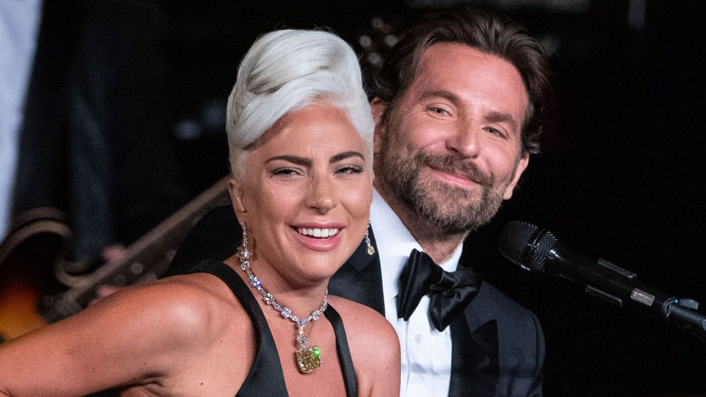 Lady Gaga amoureuse de Bradley Cooper? Elle passe aux aveux