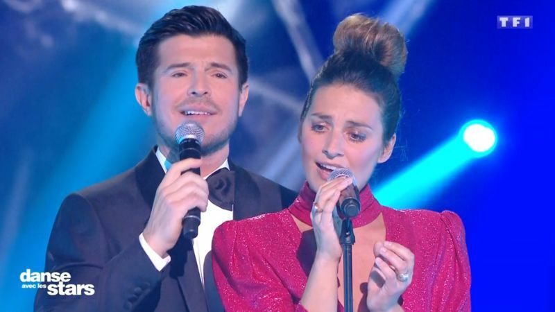 VIDEO Laetitia Milot mauvaise chanteuse? Vincent Niclo la défend TRÈS maladroitement