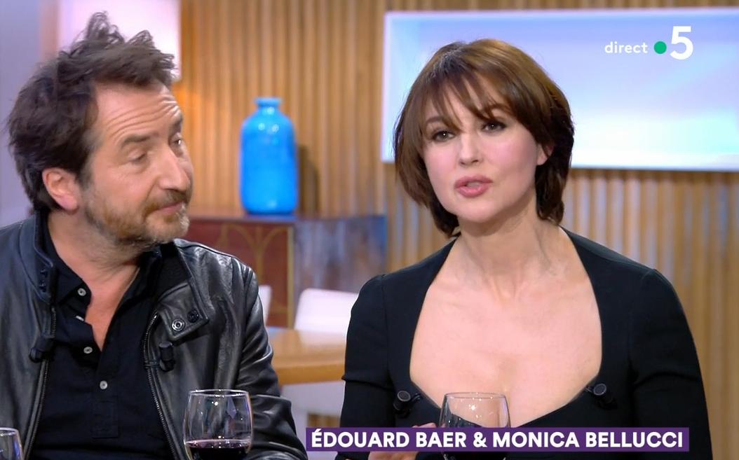 VIDEO Monica Bellucci fait une belle déclaration d'amour à la France dans C à vous