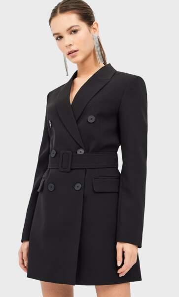 Veste robe avec ceinture, Stradivarius, 39,99€