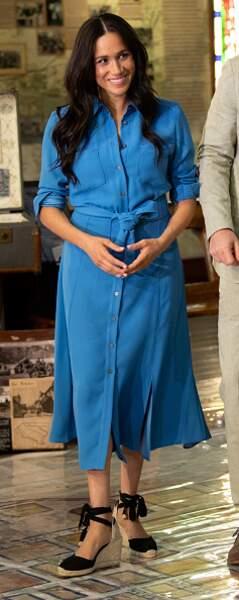 Sa robe fluide lors de son voyage en Afrique du Sud en septembre