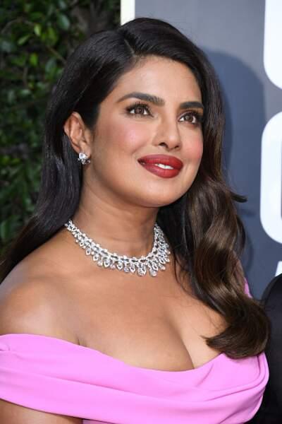 La mise en beauté glamour de Priyanka Chopra