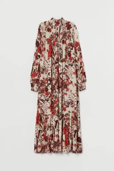 Robe longue à col droit, H&M, 19,99€ au lieu de 39,99€