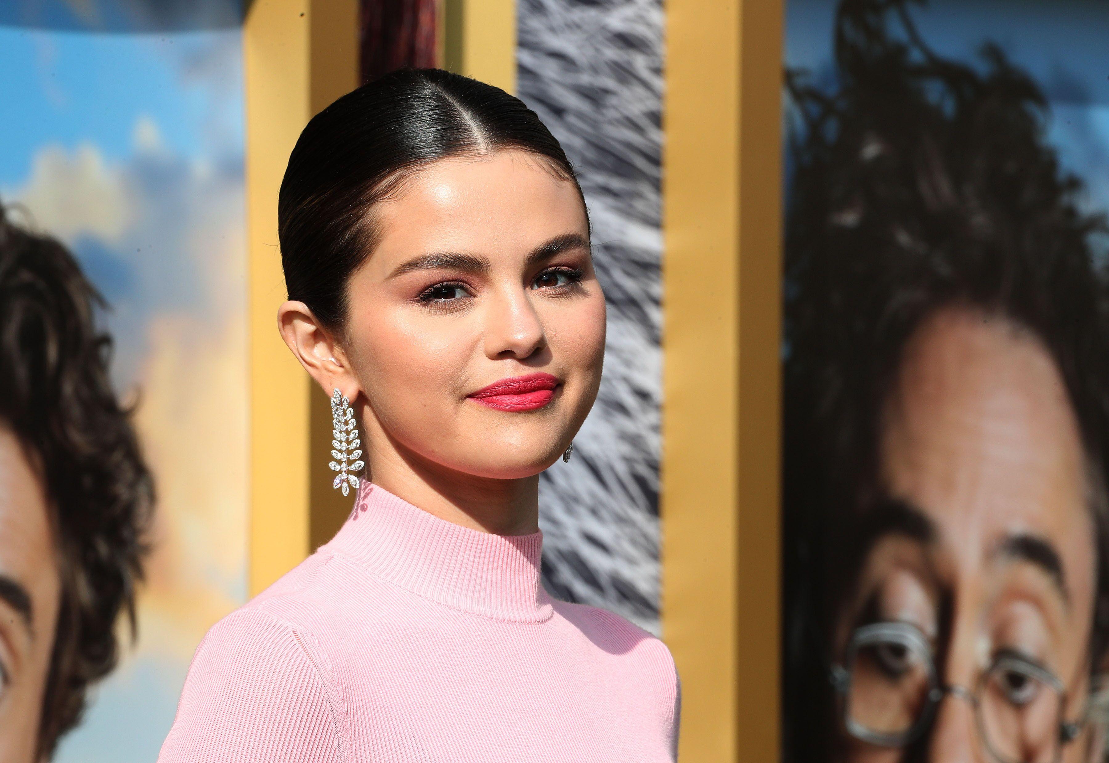 Selena Gomez et Hailey Bieber : mais que faisaient-elles dans le même restaurant sans Justin Bieber?