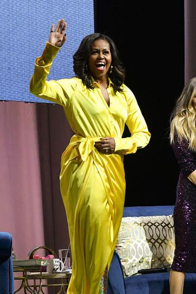 Michelle Obama et sa robe cache-coeur jaune flashy