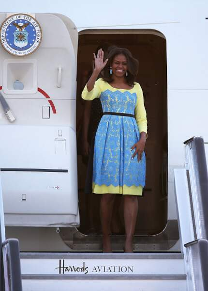 Michelle Obama et sa robe jaune et bleu flashy