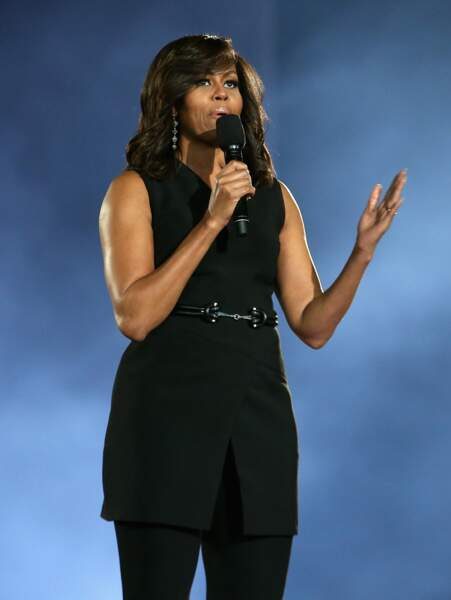 Michelle Obama et son ensemble noir élégant et minimaliste