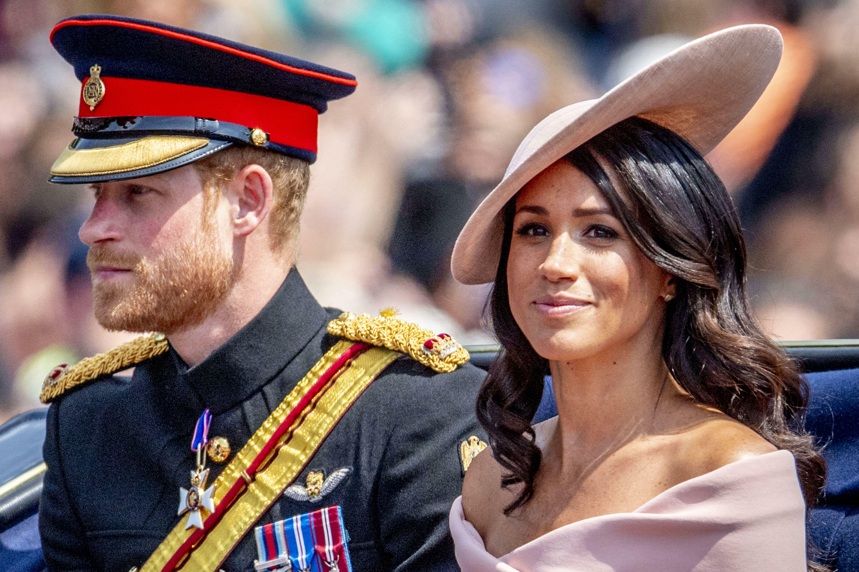 Meghan et Harry quittent la famille royale : ce qui fait le plus souffrir Elizabeth II