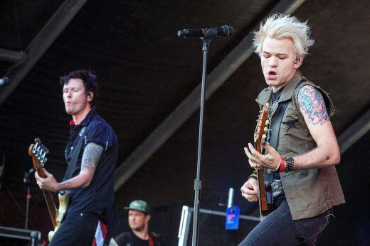 Sum 41 annule un concert à Paris : la version du groupe démentie par les fans et le gérant de la salle