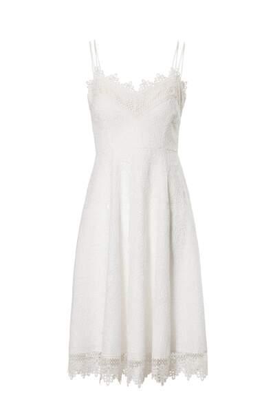 Robe courte à fines bretelles en dentelles, C&A, 149,90 €