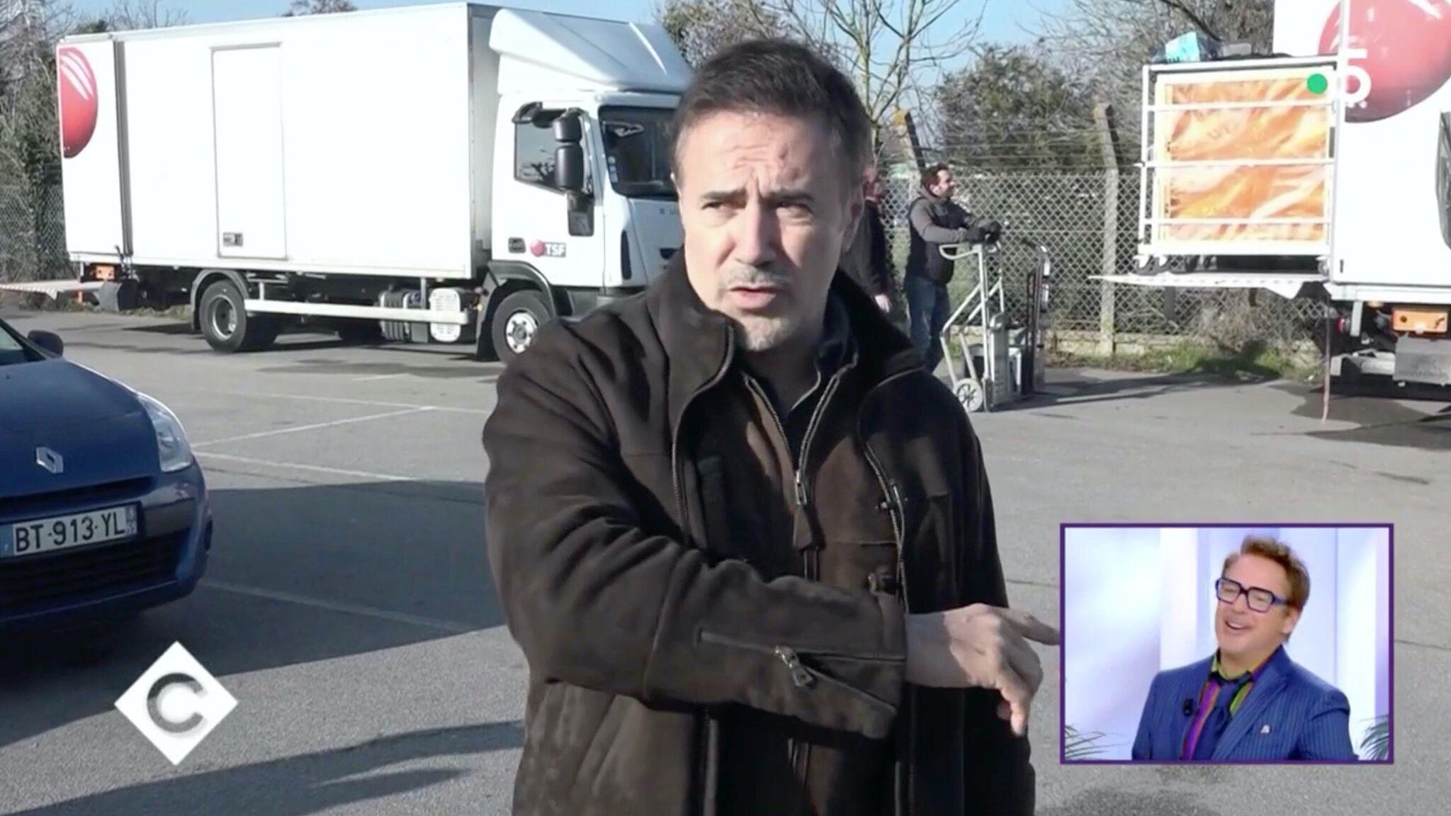 VIDEO José Garcia avoue à Robert Downey Jr. qu'il lui a laissé des grosses ardoises dans plusieurs restaurants