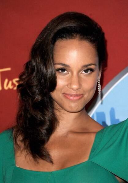 2011 : Alicia Keys restait assez simple niveau make up