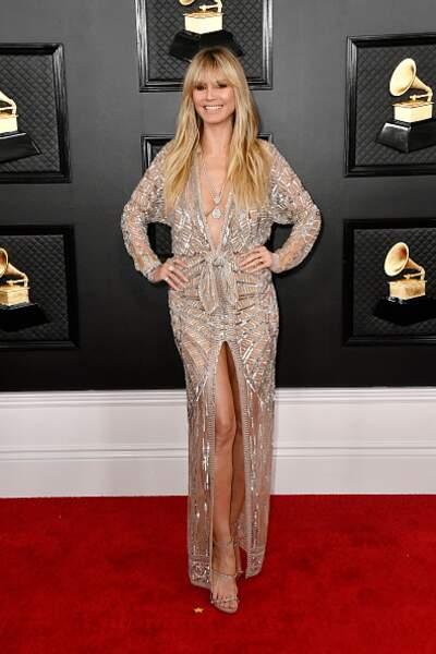 Heidi Klum dans une robe toujours très sexy