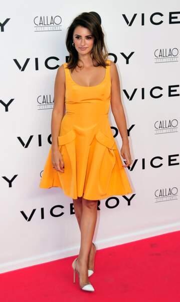 Don't : Penélope Cruz un peu trop simple dans sa robe jaune