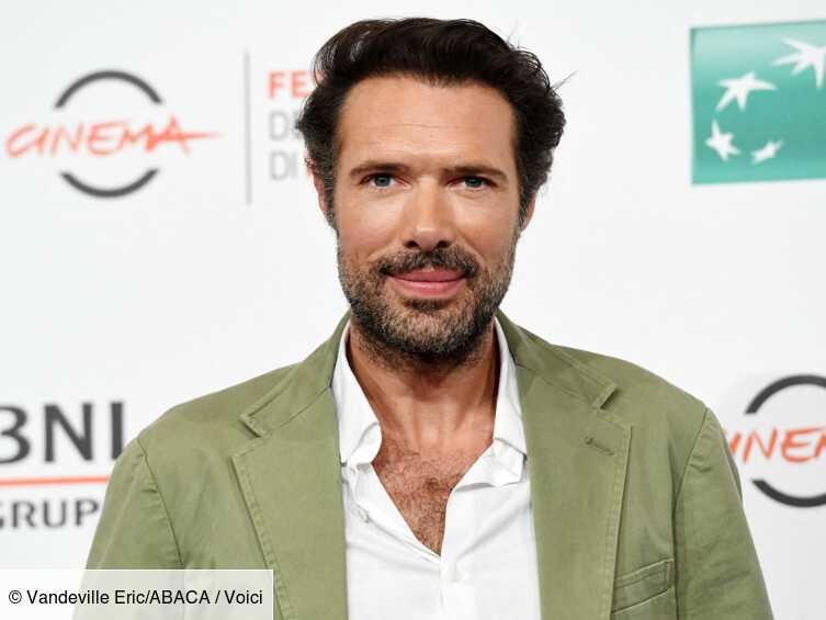 César 2020 : Nicolas Bedos ironise sur les polémiques en imaginant « l'exécution » de Roman Polanski - Voici