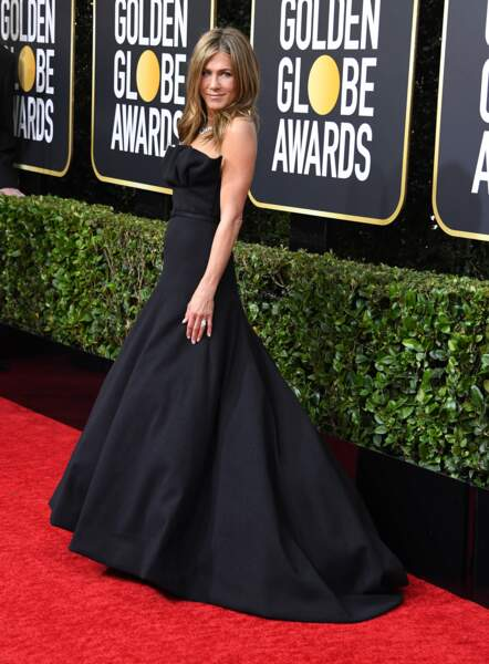 Do : Jennifer Aniston très glamour pour les Golden Globes