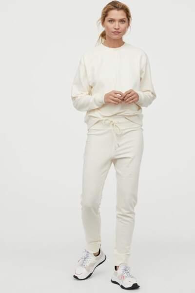 Pantalon et sweat en coton mélangé, H&M, 9,99€ et 14,99€