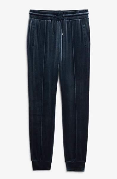 Velvet track pants, Monki, 20€