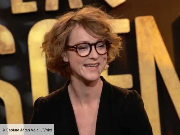 Ne manquez pas Julie Villers sur La Scène Voici! - Voici