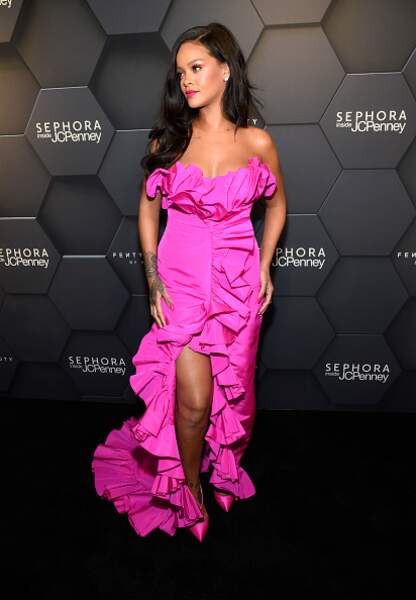 Rihanna glamour en fuchsia