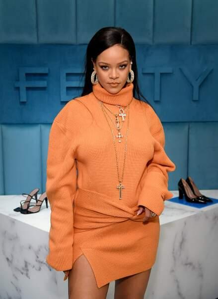 Rihanna portant l'une de ses créations Fenty