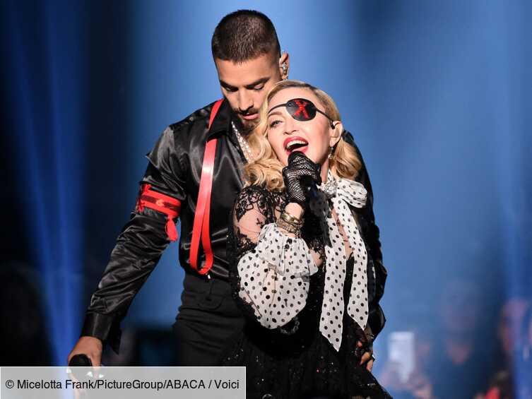 Madonna commence en retard son concert à Paris, les internautes se déchaînent - Voici